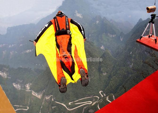 Wingsuit Show in Tianmen Mountain