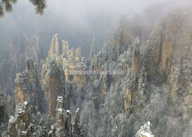 Zhangjiajie National Forest Park Winter Tourism